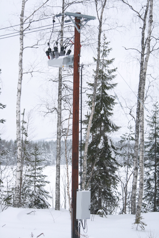 NOJA Power OSM Recloser installation in Sweden under sub zero temperatures.