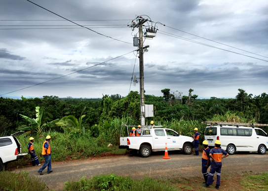 NOJA Power OSM Recloser Installation outside Suva on Viti Levu, Fiji
